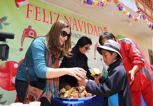 Kamari llevó alegría a niños de Anta (Cusco)
