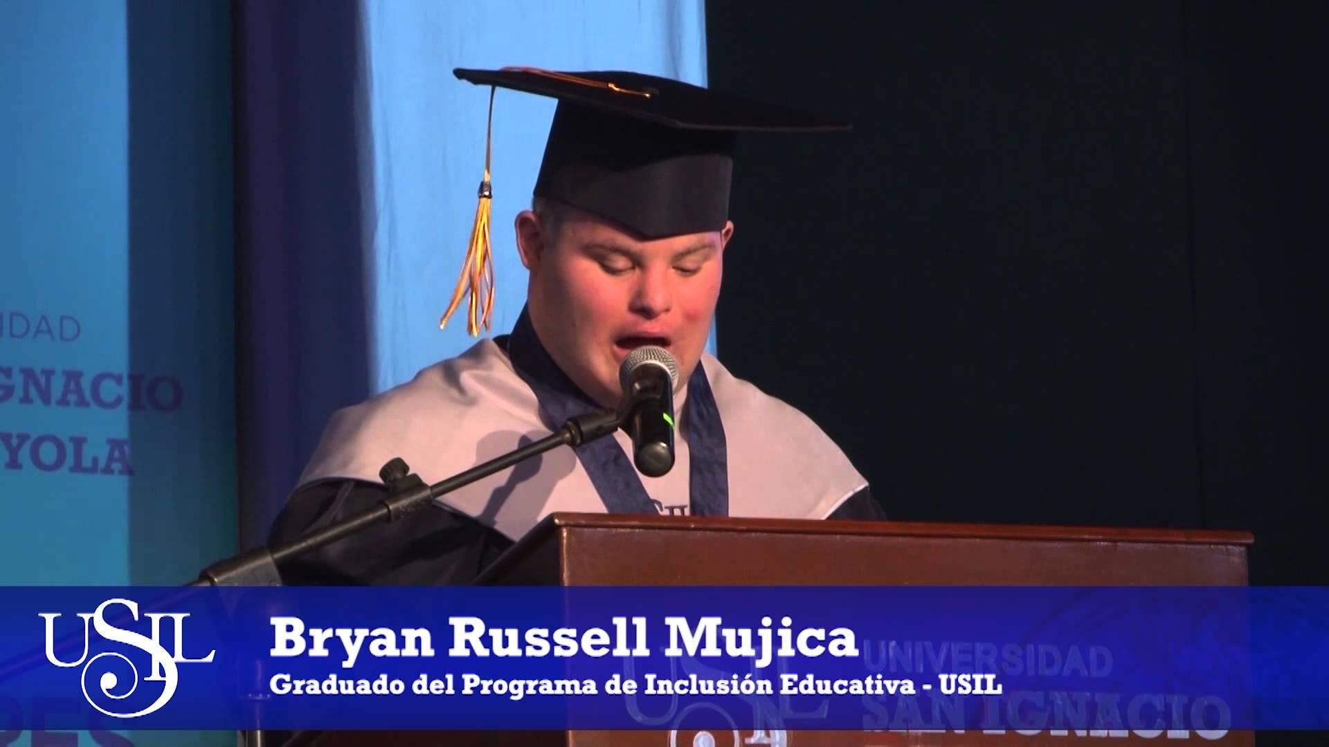 Graduación de Bryan Mujica: Palabras de Luciana de La Fuente