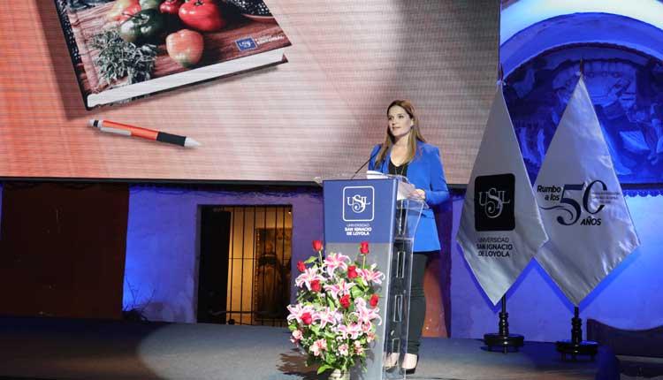 """Luciana de la Fuente: """"El rocoto abre un mundo de posibilidades en la nutrición y la medicina"""""""