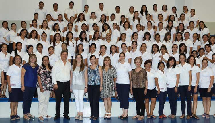 Luciana de la Fuente participó en evento de integración para docentes de San Ignacio de Recalde School